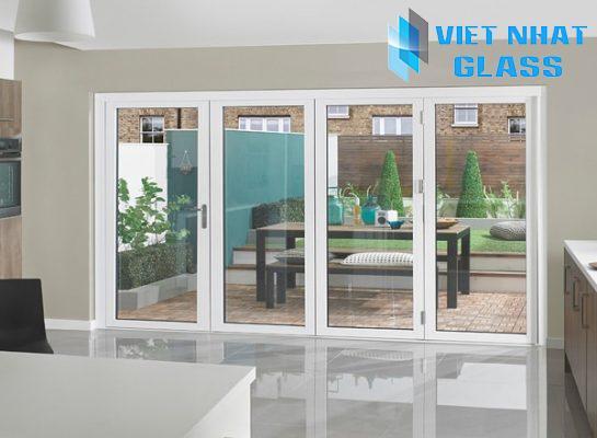 Cửa nhôm Việt Nhật Xingfa màu trắng sứ