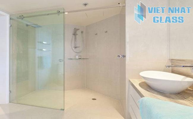 Vách ngăn phòng tắm kính cửa lùa
