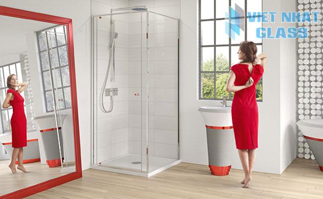 Vách ngăn phòng tắm kính giá rẻ